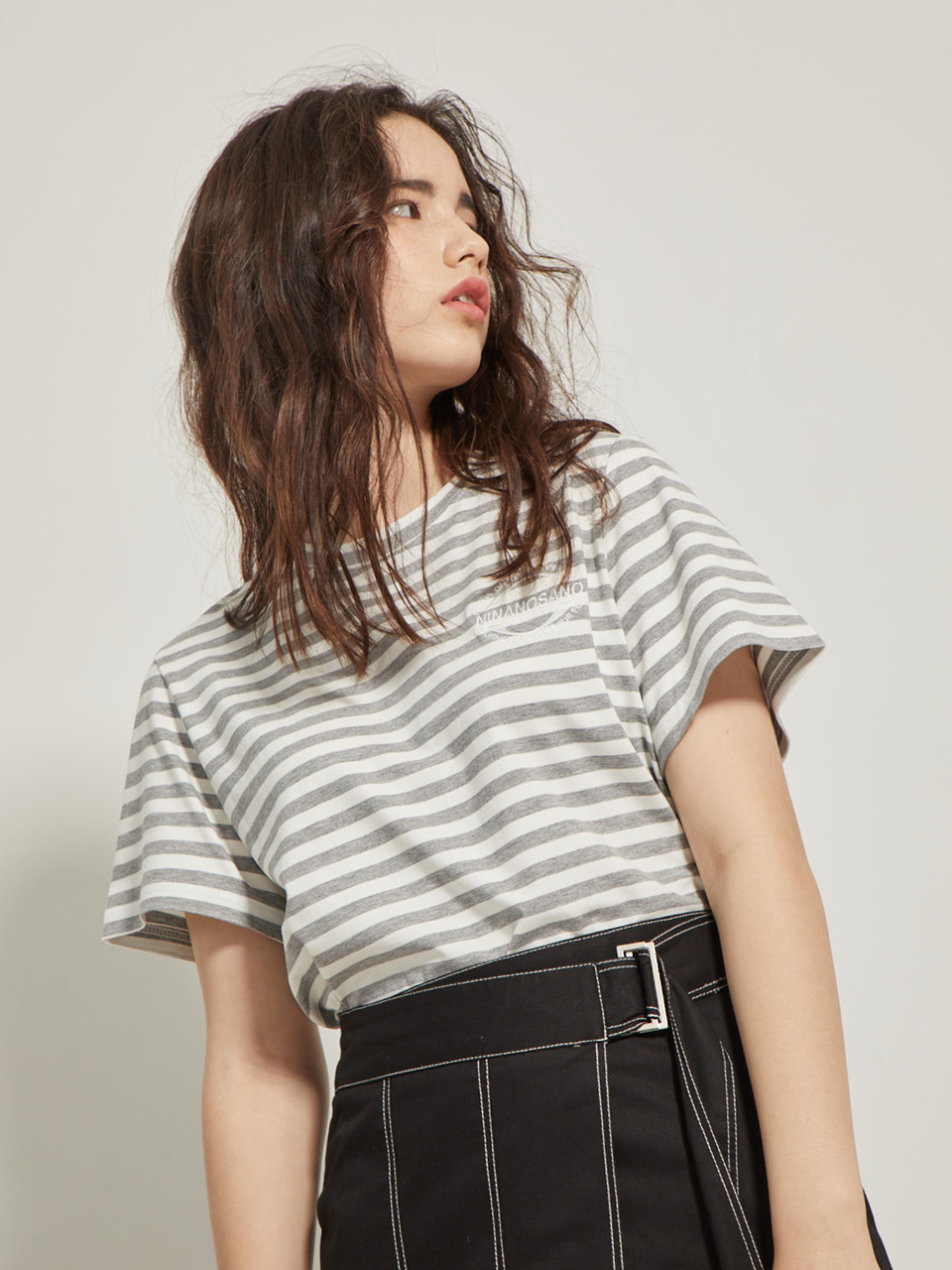 embroidery stripe T-shirts GRAY