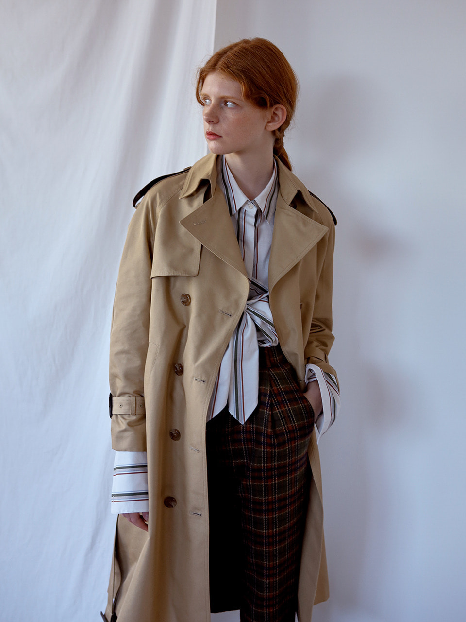 [봄밤 한지민 착용] back box-pleats trenchcoat BEIGE